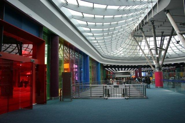 Atrium 3